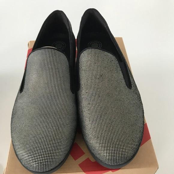 0ff44981ff478 Ladies Fit Flop Super Skate Shoe Size 9